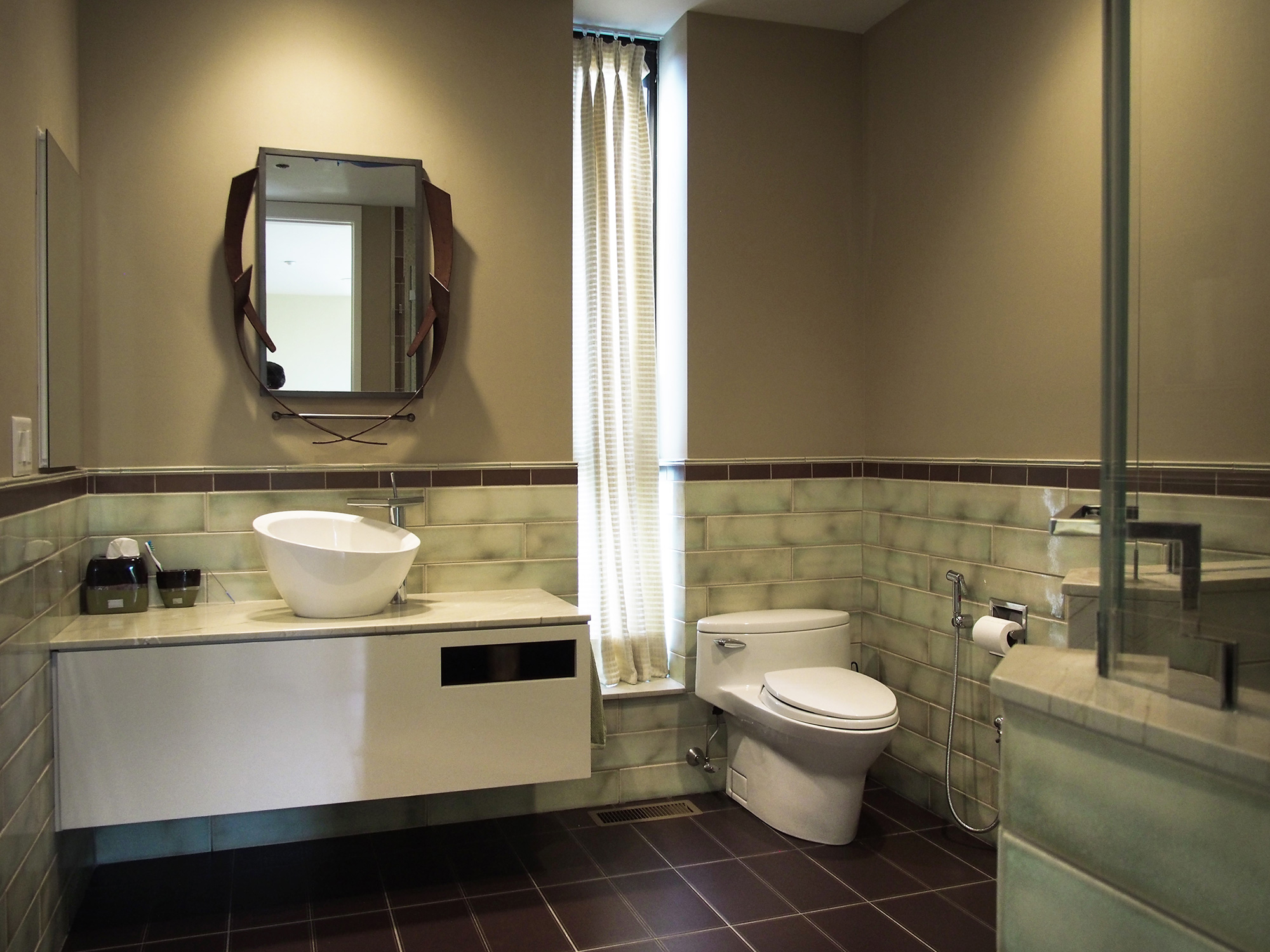 Modern Home in Purchase, En Suite Bathroom 01