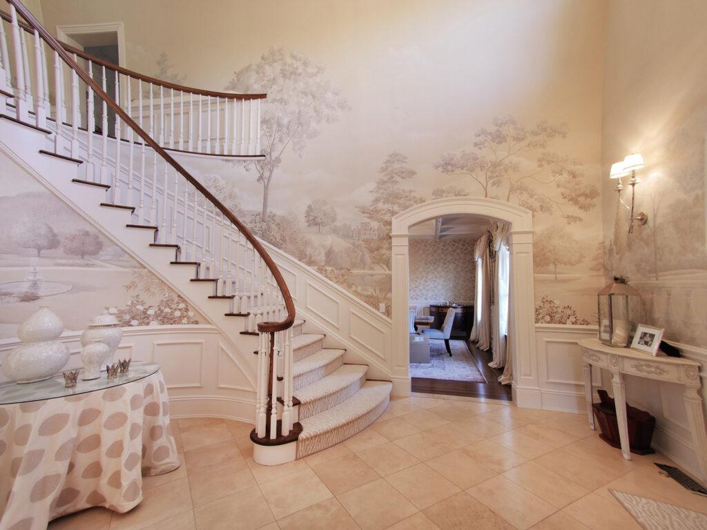 Elegance in Rye, Entryway